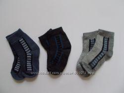 Детские носочки для маленького шалунишки