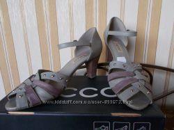 Туфли ECCO 41 размер новые в коробке