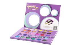BHcosmetics Eyes On The 60s Eyeshadow Palette.