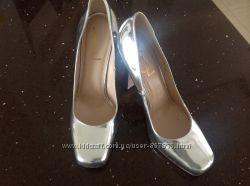 YSL зеркальные туфли для золушки