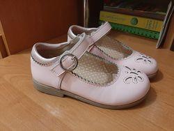 Нежно розовые туфли Matalan р.2818,5см