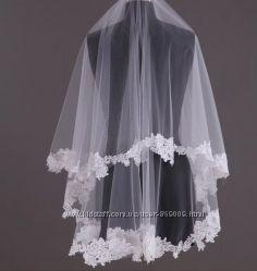 В наличии Новая изысканная белая кружевная фата салон Bride недорого