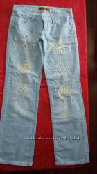 Отличные джинсы с дырками, р. 29