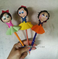 Ручка или карандаш с милой куколкой