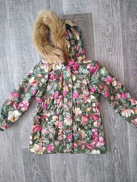Красивая куртка для девочки р.128-134