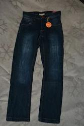 Демисезонные термо джинсы C&A на 9 лет рост 134