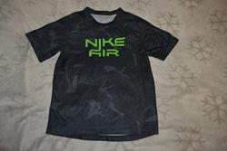 Спортивная термо футболка Nike air 11-12 лет рост 146-152 оригинал