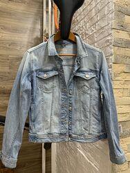 Джинсовая куртка светлая Zara