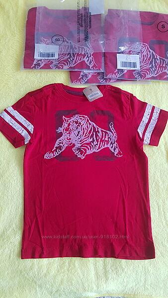 Красивая футболка на мальчика 5-6лет Crazy8, США