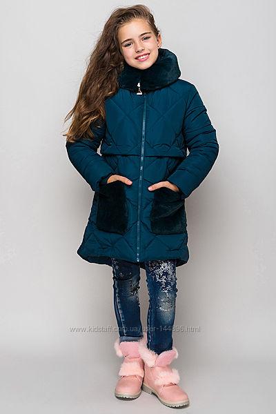 Очень красивая и тёплая куртка для девочки, р. 128