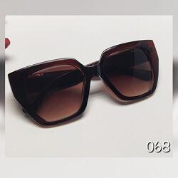 Жіночі сонцезахисні окуляри лінза коричнева