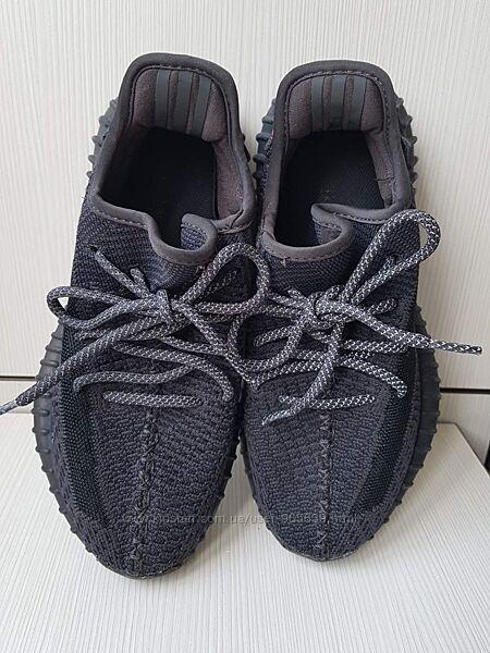 Продам кроссовки-изики фирмы Adidas