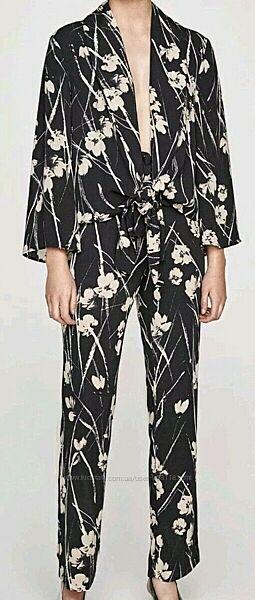 Крутой костюм Zara - брюки и пиджак-кимоно - ХС - можно на ХС, ХС-С