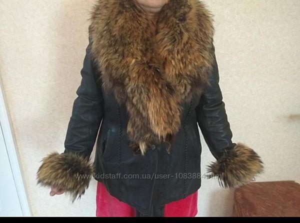 Женская куртка 50-52 размер
