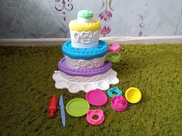 Игровой набор pleydoh праздничный торт.
