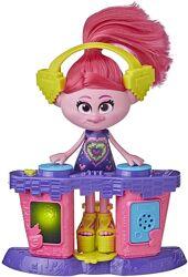 Набор Тролли Мировой тур Trolls DreamWorks DJ Poppy Розочка Ди Джей E8669