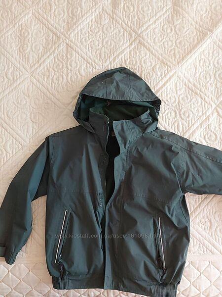 Куртка на осень-весну,  водооталкивающая