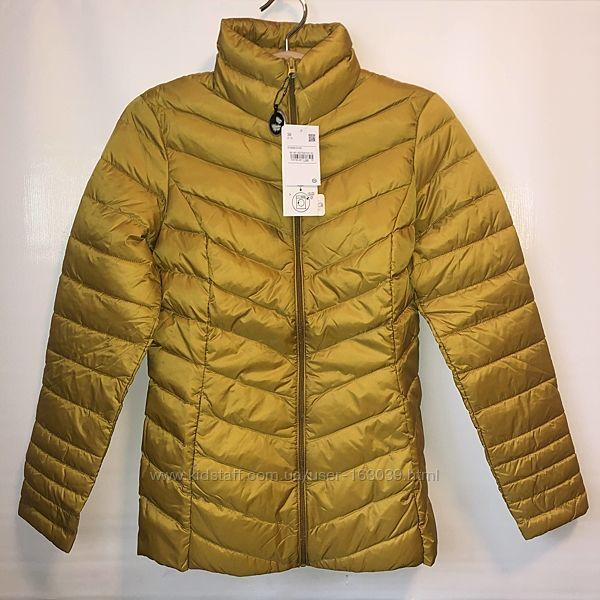 Яркая пуховая демисезонная курточка с немецкого сайта C&A, р-р S