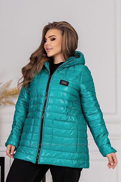 Модная женская куртка демисезонная больших размеров