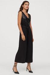 Стильный нарядный брючный комбинезон H&M с пайетками