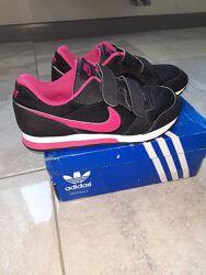 детские  кроссовки Nike Md Runner 2 33р. длина по стельке 21,5
