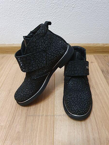 Ботинки Tiflani 33 р.