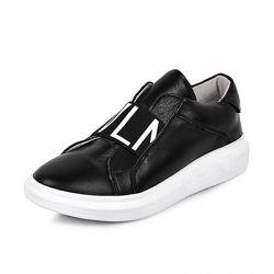 Кожаные кроссовки Maxus 1959 черная кожа
