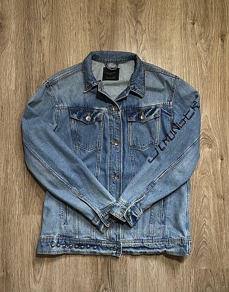 Куртка джинсовая с нашивками Zara, размер S/M