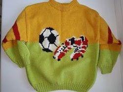 Продам теплый вязаный свитер на мальчика 2-5 лет. Ручная работа.