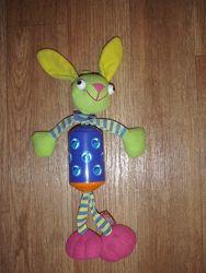 Подвесная игрушка Кролик от Tiny Love кролик-колокольчик Тини лав