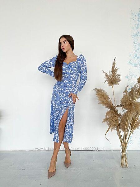 Платье легкое в цветочный принт миди длины с длинным рукавом платьице м5121