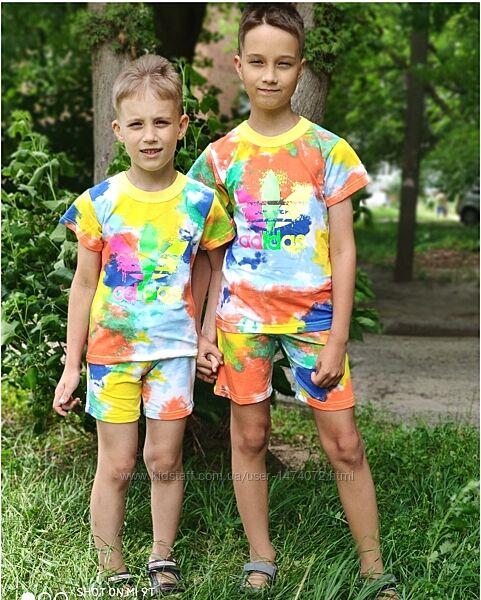 Костюм летний adidas в стиле тай-дай разноцветный