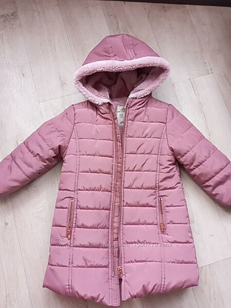Демисезонное пудровое пальто