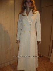 Летняя цена/Красивое пальто плащ натуральная шерсть.