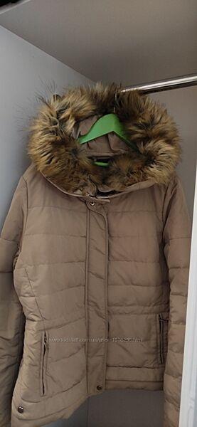 Женская курточка ZARA.