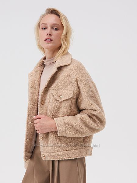 Стильная куртка оверсайз