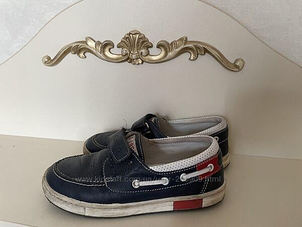 Туфлі chico