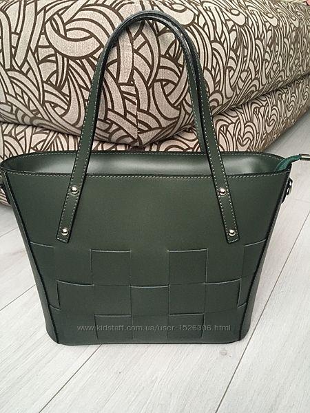 Красивенная оригинальная сумка в темно-зеленом цвете