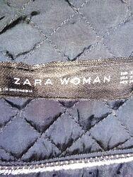 Женская куртка Zara.