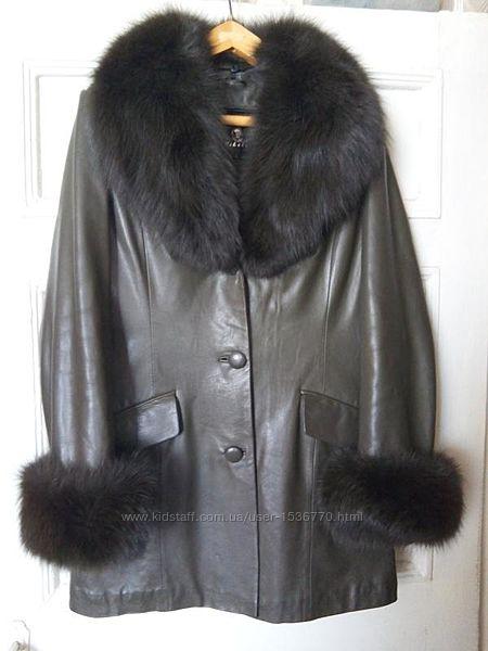 Куртка из натуральной кожи с натуральным мехом.