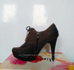 Туфли ботинки на каблуке