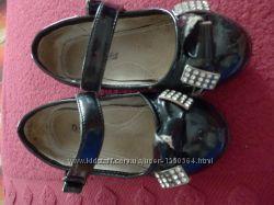 туфлі босоніжки