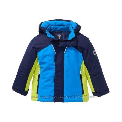 Зимние куртки на мальчика в двух цветах 122 и 104 разм. из Германии.