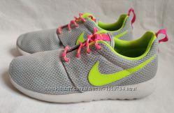 Кроссовки Nike Roshe Run. Размер 38. 5