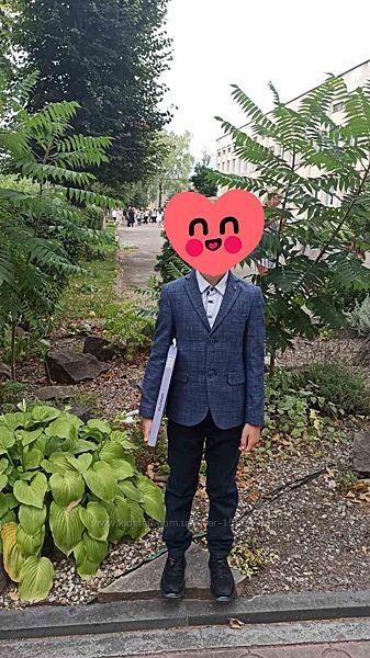 Піджак і сорочка в 1 клас