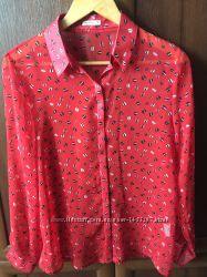 Стильная блузка-рубашка в принт.