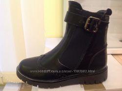 Зимові черевики для дівчинки із натуральних матеріалів 94592a3bd599a