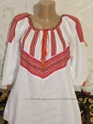 Блуза с вышивкой в стиле вышиванки