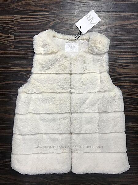 Жилетка меховая Zara 9-10 лет