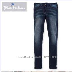 Новые , стрейчевые джинсы темно-синии blue motion, р44, германия оригинал